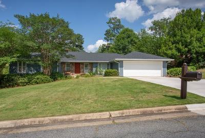 Columbus Single Family Home For Sale: 6132 Cape Cod Drive
