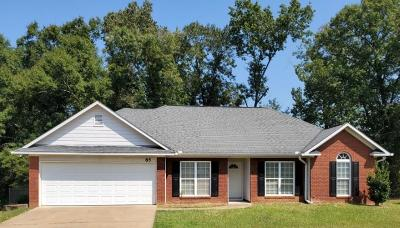 Phenix City AL Single Family Home For Sale: $142,500