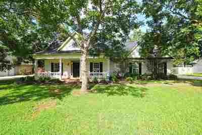 Kathleen Single Family Home For Sale: 408 Grove Lane