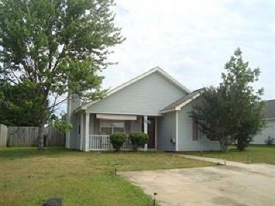 Bonaire Single Family Home For Sale: 204 Brandonshire Lane