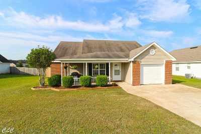 Bonaire Single Family Home For Sale: 403 Wynfield Lane