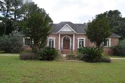 Kathleen Single Family Home For Sale: 208 Royal Crest Circle