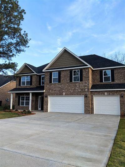Kathleen Single Family Home For Sale: 811 Hawk's Nest Drive