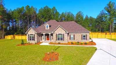 Kathleen Single Family Home For Sale: 227 Woodland Boulevard