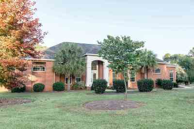 Kathleen Single Family Home For Sale: 221 Royal Crest Circle