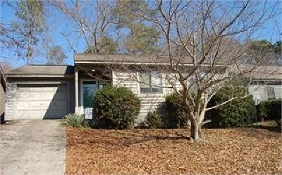 Warner Robins Single Family Home For Sale: 142 Lake Pointe Drive