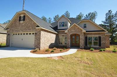 Kathleen Single Family Home For Sale: 111 Hawks Nest Drive