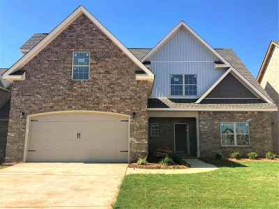 Warner Robins Single Family Home For Sale: 111 Legacy Court