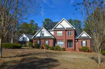 Macon Single Family Home For Sale: 409 Chris Rd