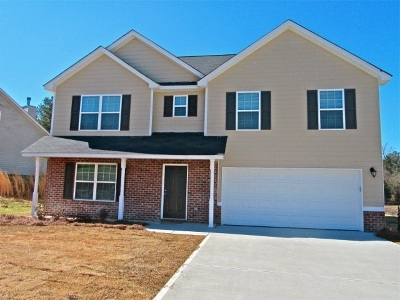 Macon Single Family Home For Sale: 332 Scarlet Oaks Drive