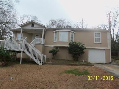 Macon Single Family Home For Sale: 735 Thurmond Drive