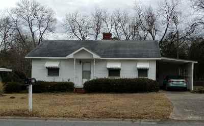 Warner Robins Single Family Home For Sale: 213 Thomas Drive