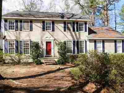 Macon Single Family Home For Sale: 230 River North Circle