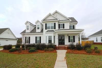 Kathleen Single Family Home For Sale: 305 Live Oak Court