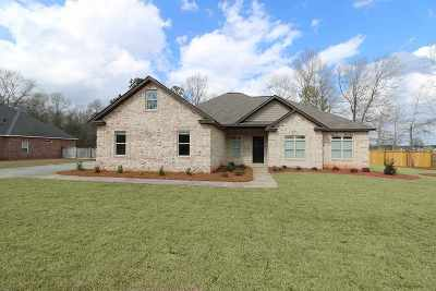 Kathleen Single Family Home For Sale: 1001 Thislewood