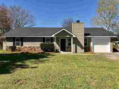 Bonaire Single Family Home For Sale: 103 Foxwood Court