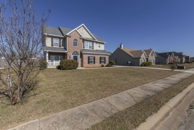 Macon Single Family Home For Sale: 639 Manning Mill