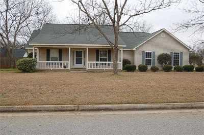 Kathleen Single Family Home For Sale: 400 Grove Lane