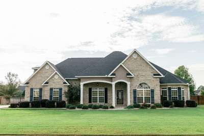 Kathleen Single Family Home For Sale: 418 Sawtooth Court