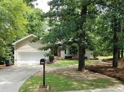 Macon Single Family Home For Sale: 4717 S Stratford Oaks Drive