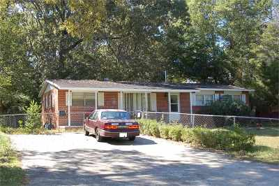 Warner Robins Single Family Home For Sale: 138 Edna Place