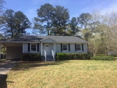 Single Family Home For Sale: 709 N Houston Lake Road