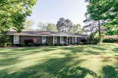 Macon Single Family Home For Sale: 3678 Holly Place