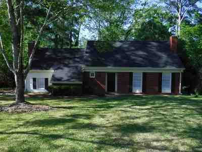 Macon Single Family Home For Sale: 2923 Thornwood Drive