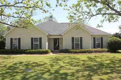 Kathleen Single Family Home For Sale: 120 Duke Lane