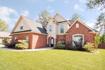 Perry Single Family Home For Sale: 307 Bridgehampton Way