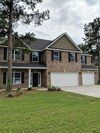 Kathleen Single Family Home For Sale: 811 Hawks Nest Drive