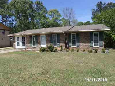 Warner Robins Single Family Home For Sale: 200 Ivelyn Drive