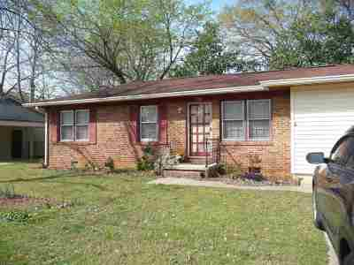 Warner Robins Rental For Rent: 209 Ravenwood