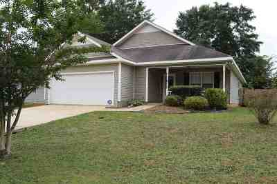 Bonaire Single Family Home For Sale: 221 Sunflower Drive