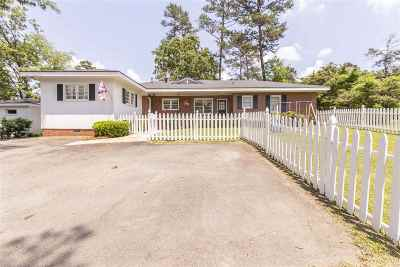 Macon Single Family Home For Sale: 2538 Old Holton Road