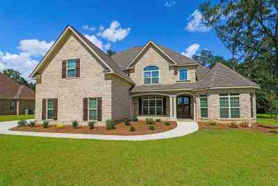 Single Family Home For Sale: 4050 Coosa Drive