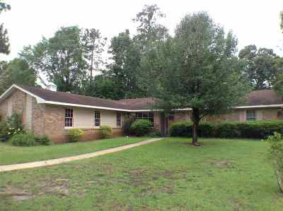 Warner Robins GA Single Family Home For Sale: $121,000