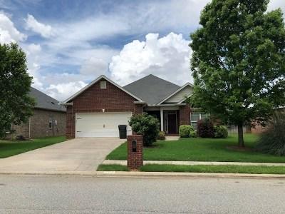 Warner Robins Single Family Home For Sale: 703 Post Oak Way
