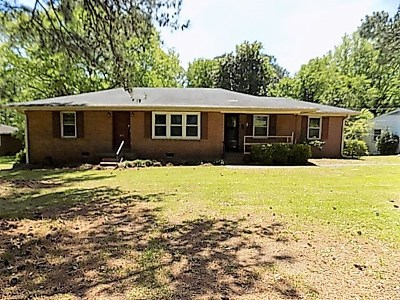 Macon Single Family Home For Sale: 695 Wimbish Road