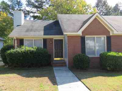 Macon Single Family Home For Sale: 160 Manor Row