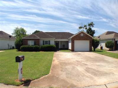 Warner Robins GA Single Family Home For Sale: $104,000