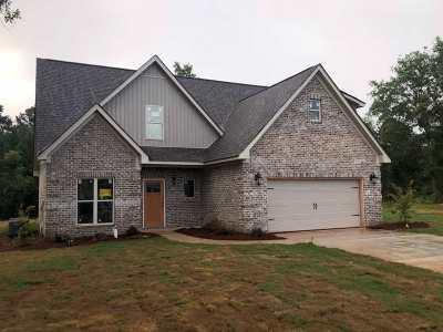 Macon Single Family Home For Sale: 1001 Marion Oaks Drive
