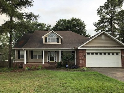 Warner Robins Single Family Home For Sale: 310 Woods Edge Way
