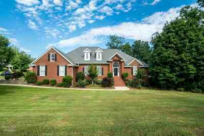 Macon Single Family Home For Sale: 210 Westchester Drive