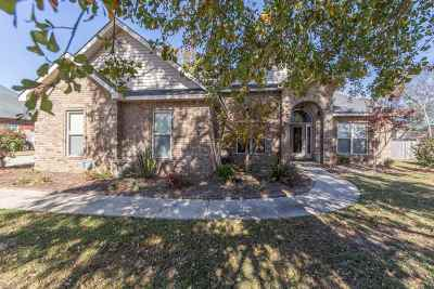 Bonaire Single Family Home For Sale: 304 Dillons Trail