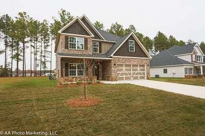 Kathleen Single Family Home For Sale: 404 Newport Avenue