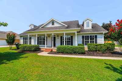 Single Family Home For Sale: 120 Southwind Drive
