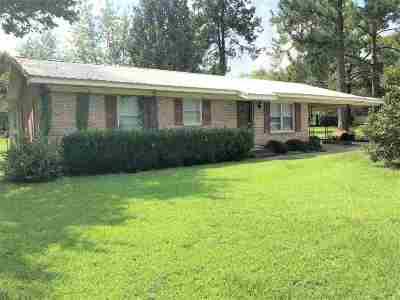 Cochran GA Single Family Home For Sale: $79,000