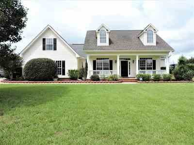 Single Family Home For Sale: 217 Castlebury Circle