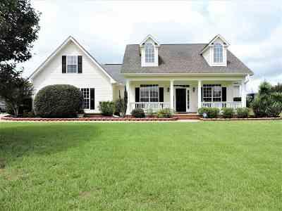 Kathleen Single Family Home For Sale: 217 Castlebury Circle